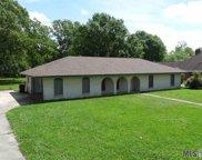 10824 Greencrest Dr, Baton Rouge image