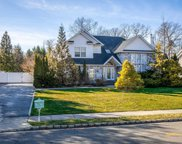 17  Schoolhouse Place, Oyster Bay image