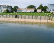 435 Watersedge Way, Southold image