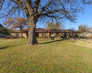 221 Cross Timbers Drive, Double Oak image