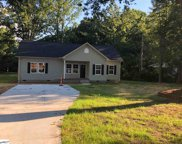 2302 E Lee Road, Taylors image