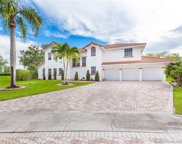 210 Nw 195th Ave, Pembroke Pines image