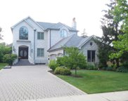 411 Beverly Drive, Wilmette image