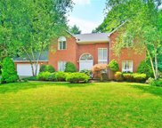 220 Hawthorne Court, Forest Hills Boro image