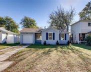 2921 S Hills Avenue, Fort Worth image