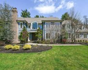 11 Robin Ridge Road, Upper Saddle River image