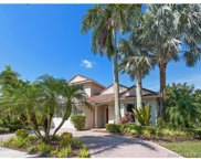 1929 Harbor View Cir, Weston image