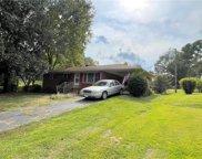 2081 Sunset Drive, Seneca image