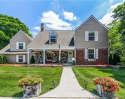 130 N Cranbrook Cross, Bloomfield Twp image