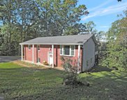3310 Meadowview Dr, Manchester image