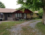 1520 Taylor Town Rd, White Bluff image