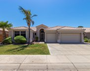 7165 W Foothill Drive, Glendale image