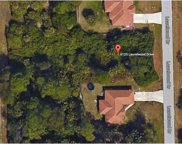 6125 Laurelwood Dr, Fort Myers image