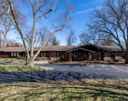 262 Runnymede  Drive, St Louis image