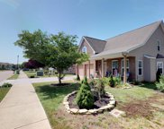 1053 Countess Ln, Spring Hill image