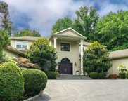 406 Duck Pond  Road, Locust Valley image