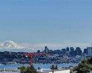 4208 Fremont Avenue N, Seattle image