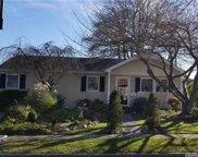 131 Clearwater  Road, Lindenhurst image