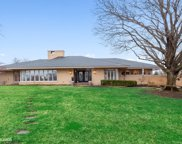 1 Kimberley Circle, Oak Brook image