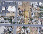 119 L, Bakersfield image