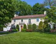 16  Courseview Road, Eastchester image