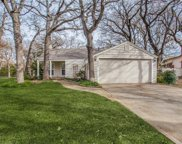 328 Eastwood Avenue, Fort Worth image