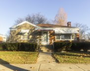 2135 Hull Avenue, Westchester image