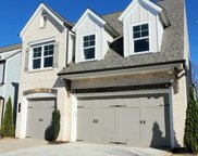 2585 Creekstone Village Dr, Cumming image