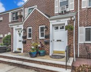 260-55 75 Th Ave, Glen Oaks image