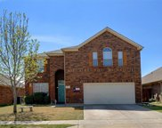 5121 Breeze Hollow Court, Fort Worth image