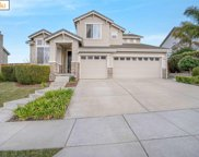 570 Thornhill Ln, Brentwood image