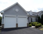5755 Montville, South Fayette image