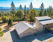17554 Yellow Pine, Shasta Lake image