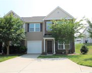 451  Battery Circle Unit #52, Clover image