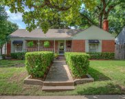 4201 Calmont Avenue, Fort Worth image