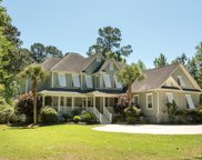 3171 Pignatelli Crescent, Mount Pleasant image