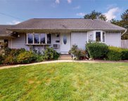 166 Claywood  Drive, Brentwood image