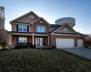 9042 Highland  Circle, Clearcreek Twp. image