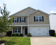 4856 Old Towne Village Circle, Pfafftown image