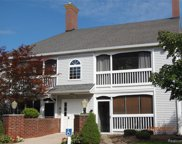 620 CURZON CT APT 204, Howell image