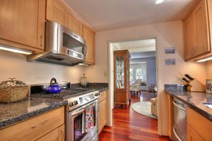 218 Chestnut Pacific grove cottage for sale