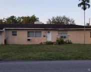 401 Hunting Lodge Dr, Miami Springs image