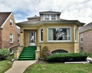 3015 North Marmora Avenue, Chicago image