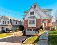 7 Vanderburgh  Avenue, Larchmont image