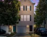 23114 Blackthorn Sq  Square, Sterling image