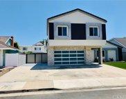 9662     Surfcrest Drive, Huntington Beach image