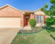 10908 Middleglen Road, Fort Worth image