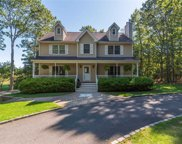 338 Fresh Pond Ave, Calverton image