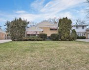 2200 Old Glenview Road, Wilmette image