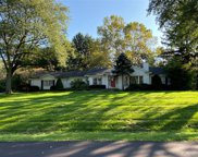 4537 Coachmaker Dr, Bloomfield Hills image